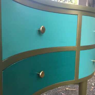 Amazing Curved Dresser